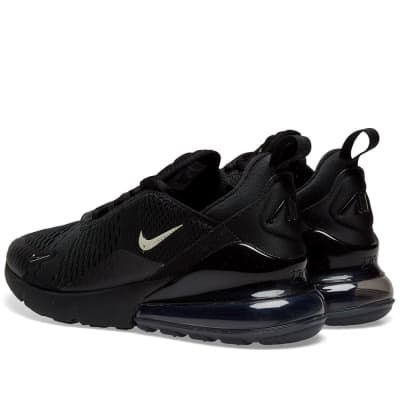 hot sale online 39db2 71fb2 Nike Air Max 270 Nike Air Max 270