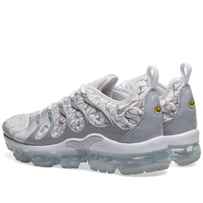 sports shoes 5b5c5 1921e Nike Air VaporMax Plus Nike Air VaporMax Plus