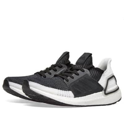 best service 6af38 bef8a Adidas Ultra Boost 19 ...