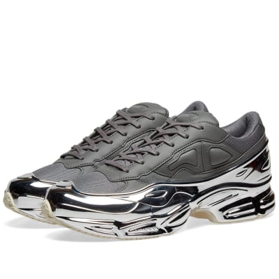 buy popular 1be76 613cf Adidas x Raf Simons Ozweego ...