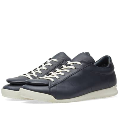 Comme des Garcons SHIRT Enlarged Tongue Sneaker