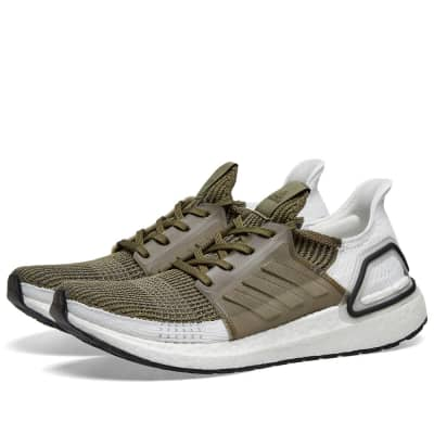 c353c7726d2e2 Adidas Ultra Boost 19 ...