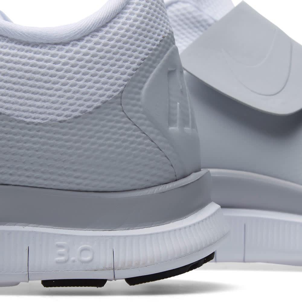 ajo barrer práctica  Nike Free Socfly White   END.