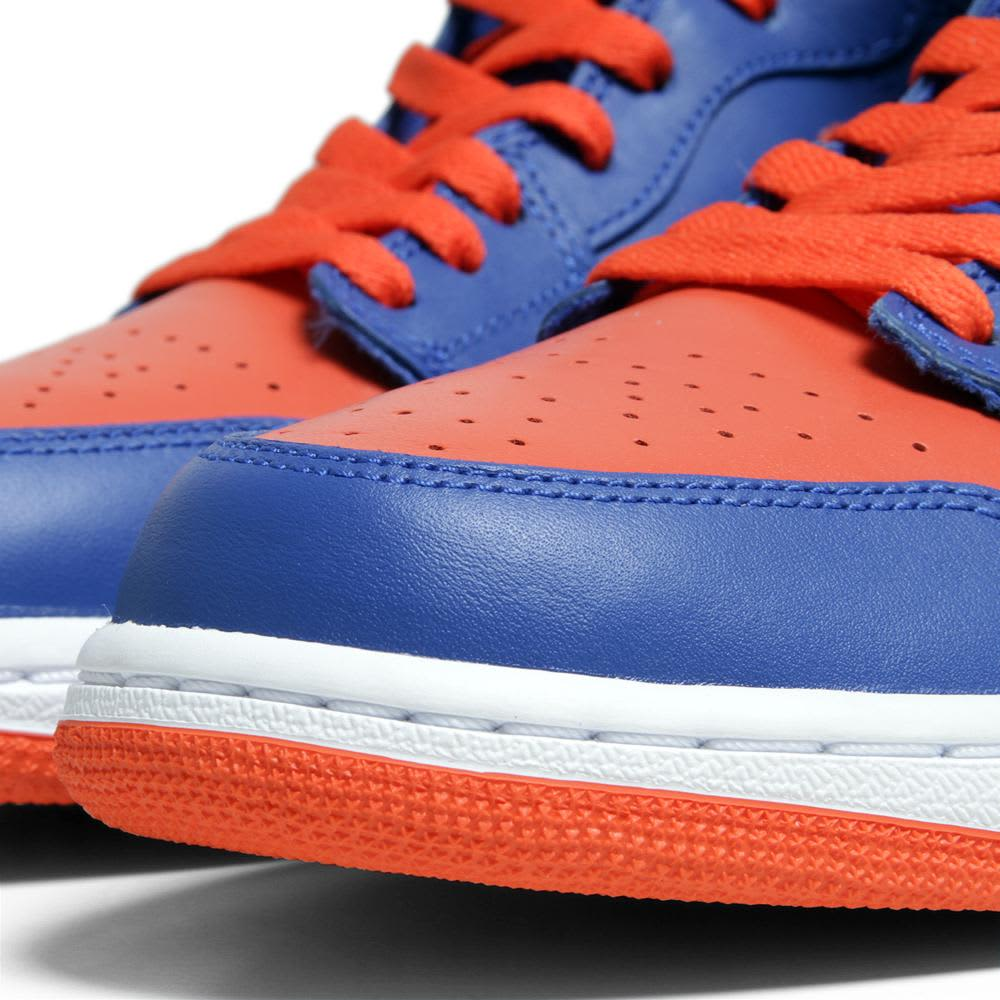 Nike Air Jordan I Retro High OG 'Knicks' - Game Royal & Team Orange