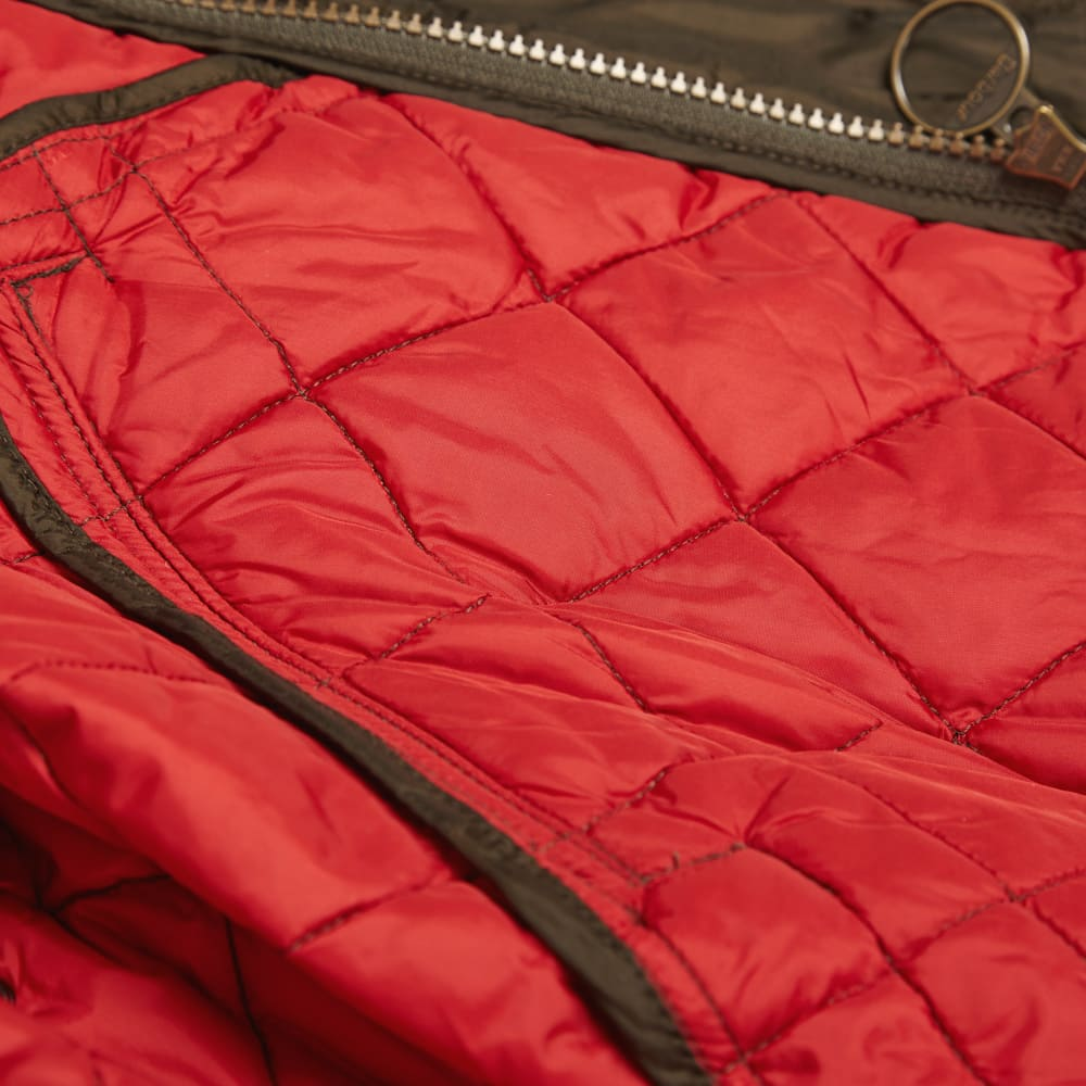 Barbour Flyweight Chelsea Sportsquilt - Olive & Red