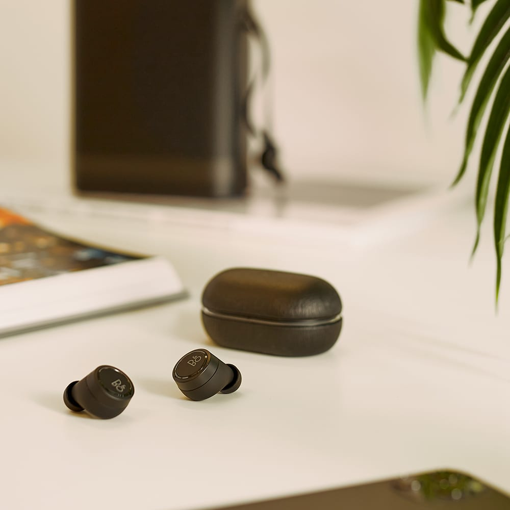 Bang & Olufsen E8 3rd Generation Headphones - Black