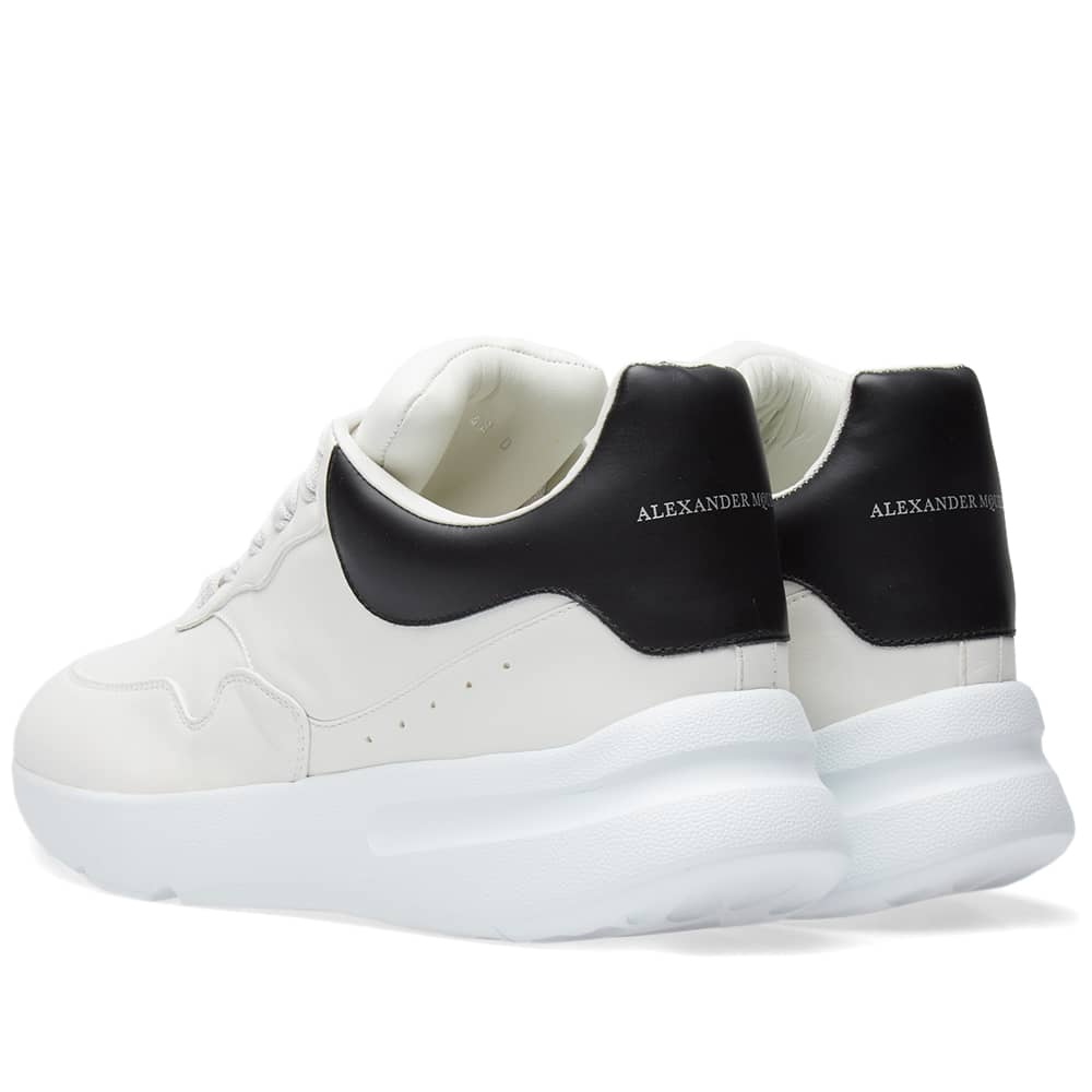 Alexander McQueen Wedge Sole Runner - White & Black
