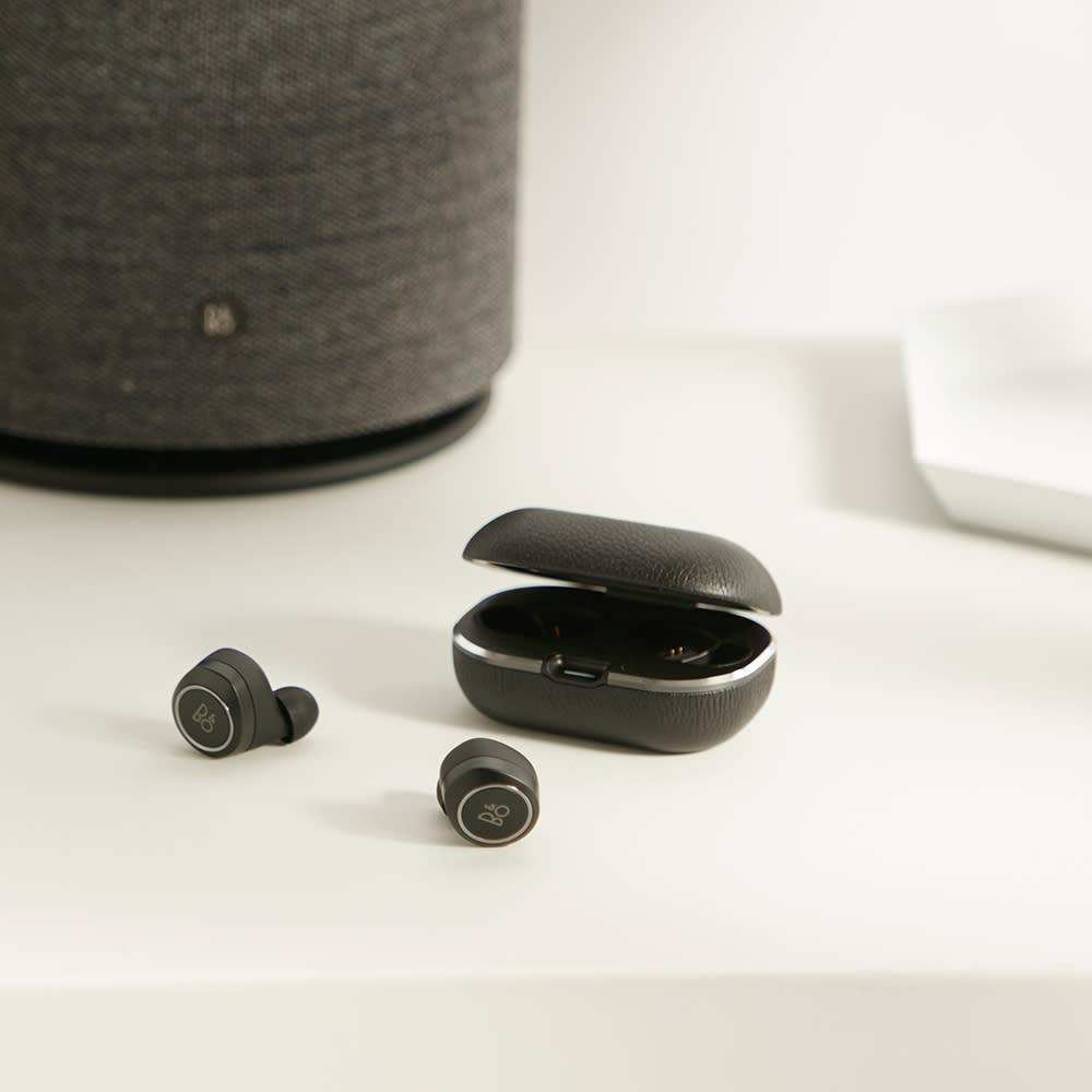 Bang & Olufsen E8 2.0 Headphones - Black