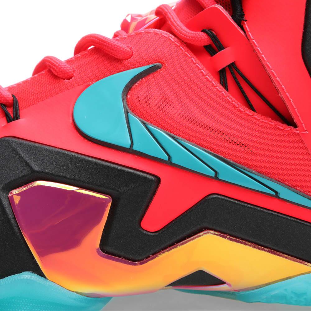 Nike LeBron XI Elite 'Hero' - Laser Crimson & Turbo Green