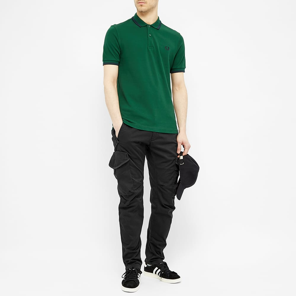 Fred Perry Slim Fit Twin Tipped Polo - Ivy & Navy