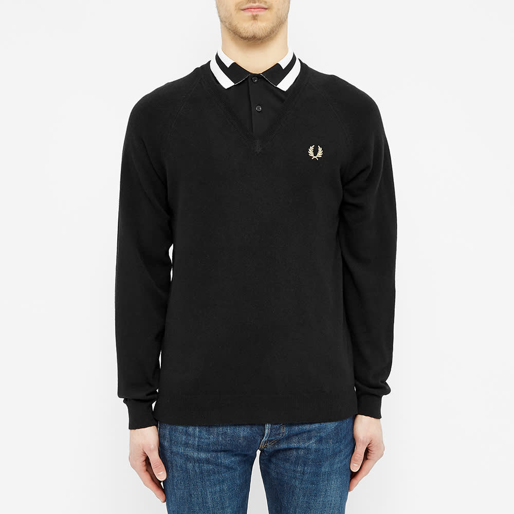 Fred Perry Lambswool V-Neck Jumper - Black & Champagne