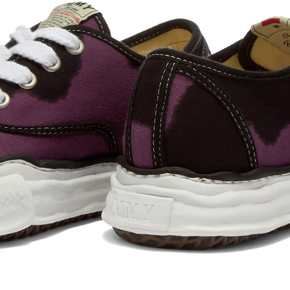 Maison MIHARA YASUHIRO Original Sole Cow Print Low Sneaker - Purple