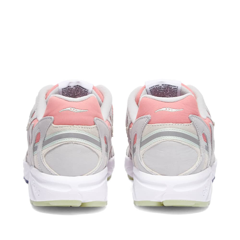 END. x Saucony Azura 2000 'The Brain' - Pink & Off White