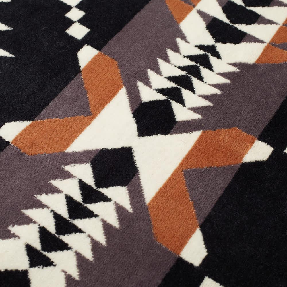 Pendleton Oversized Jacquard Towel - Brown