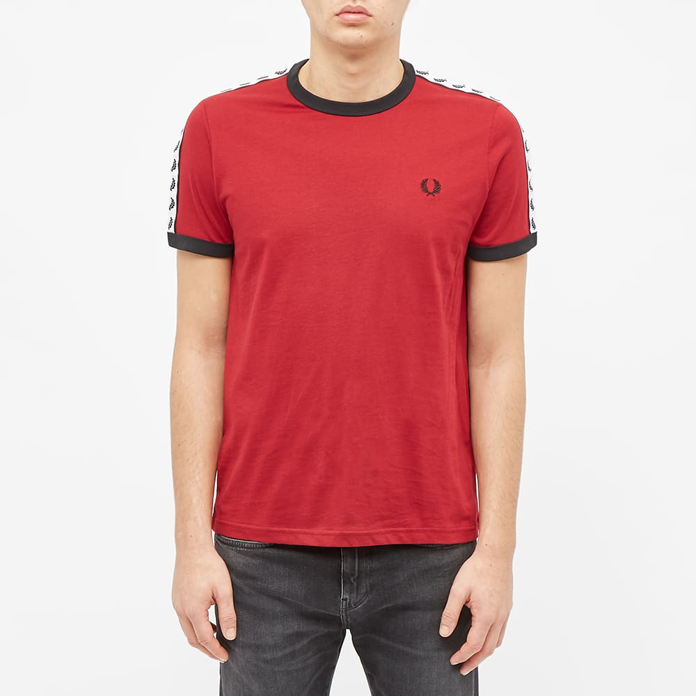 Fred Perry Taped Ringer Tee - Rosso