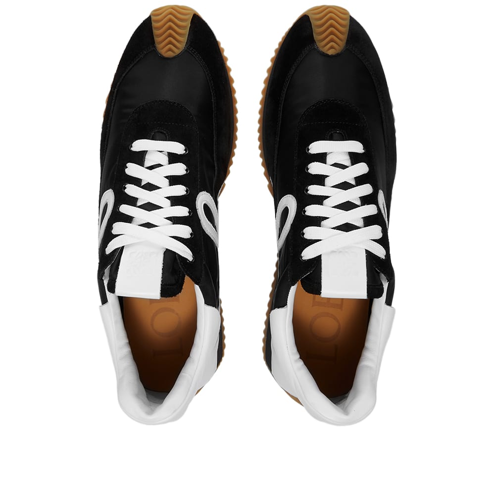 Loewe Flow Runner - Black & White