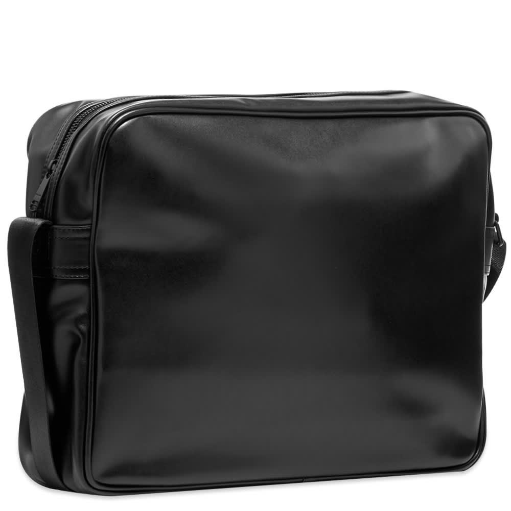 Fred Perry Embossed Shoulder Bag - Black