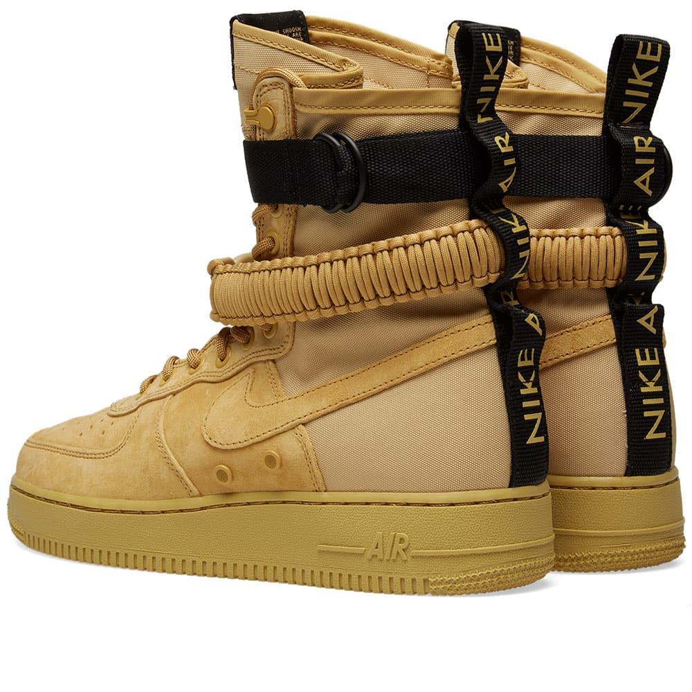 Nike SF Air Force 1 - Club Gold & Black