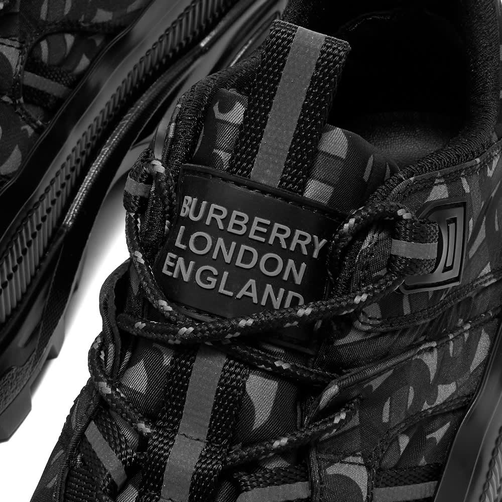 Burberry Arthur Sneaker - Grey Black
