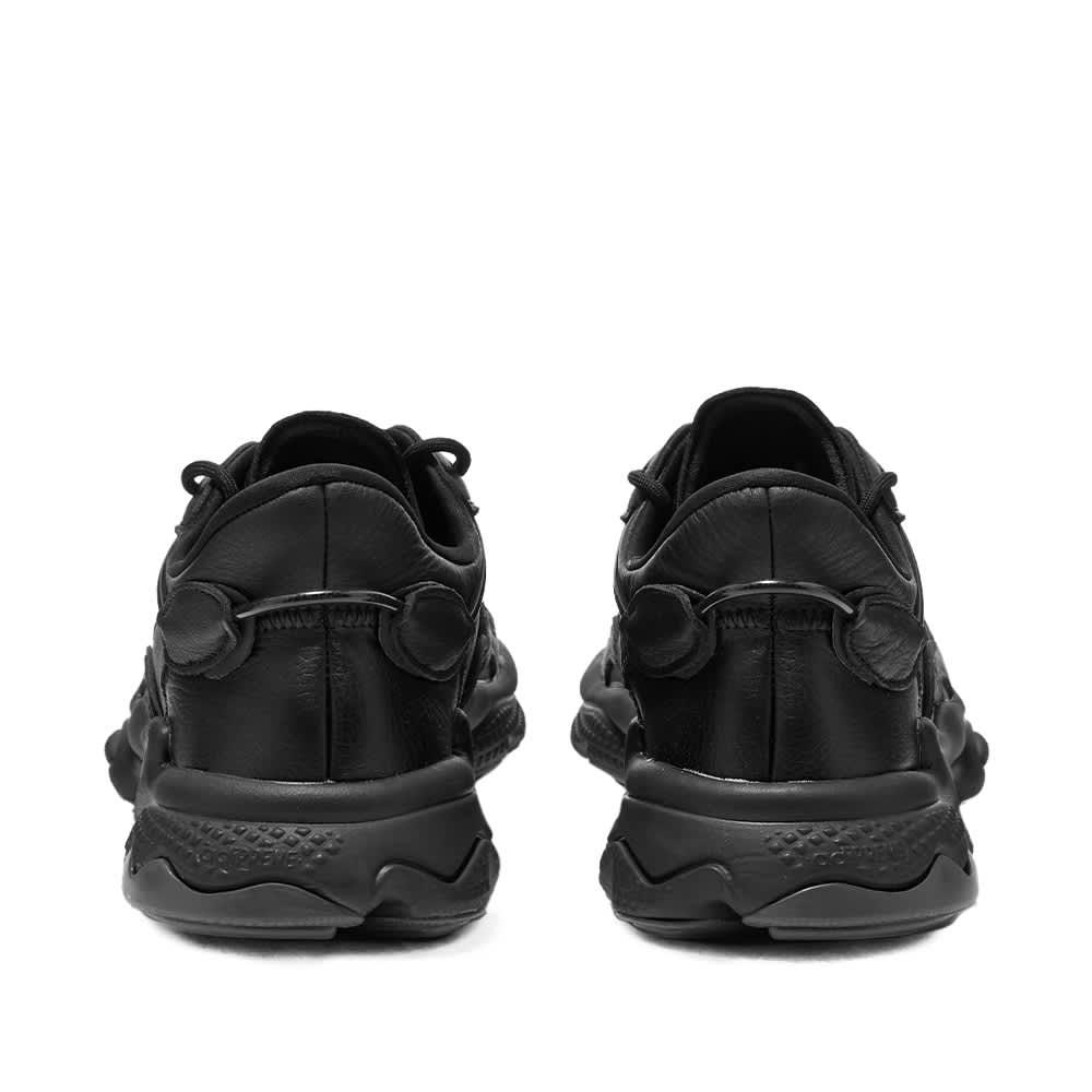 Adidas Ozweego - Core Black & Solid Grey