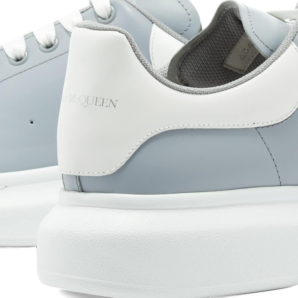 Alexander McQueen Heel Tab Wedge Sole Sneaker - Battleship Grey & White