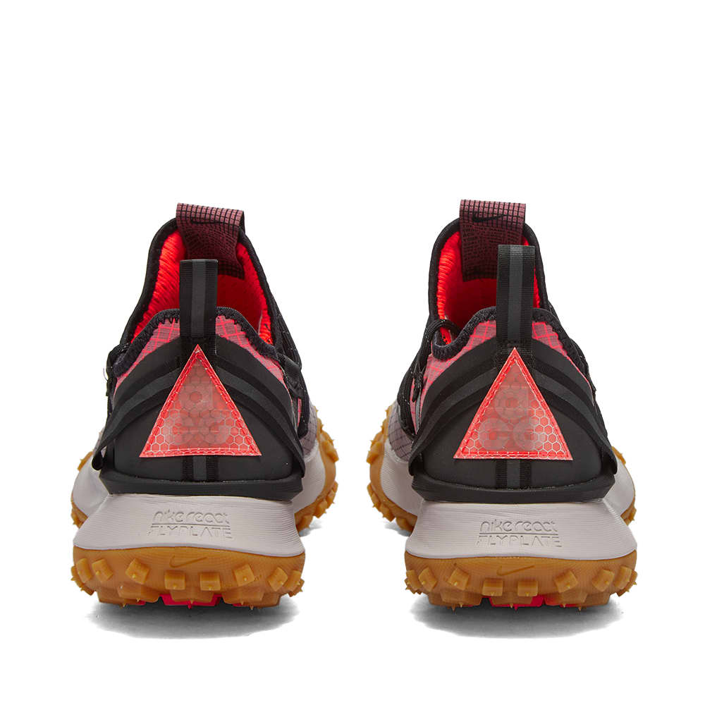 Nike ACG Mountain Fly Low - Light Mulberry & Flash Crimson
