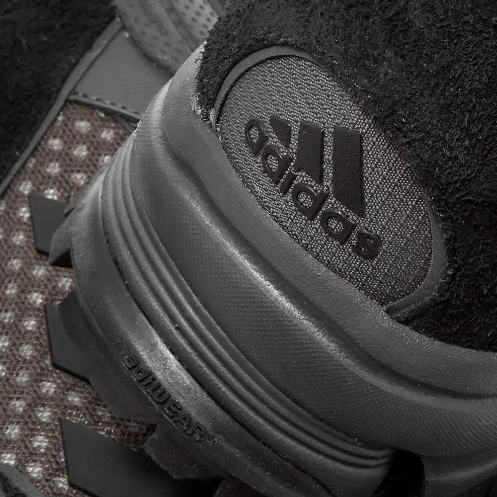 GR-Uniforma x Adidas Trail Runner - Black