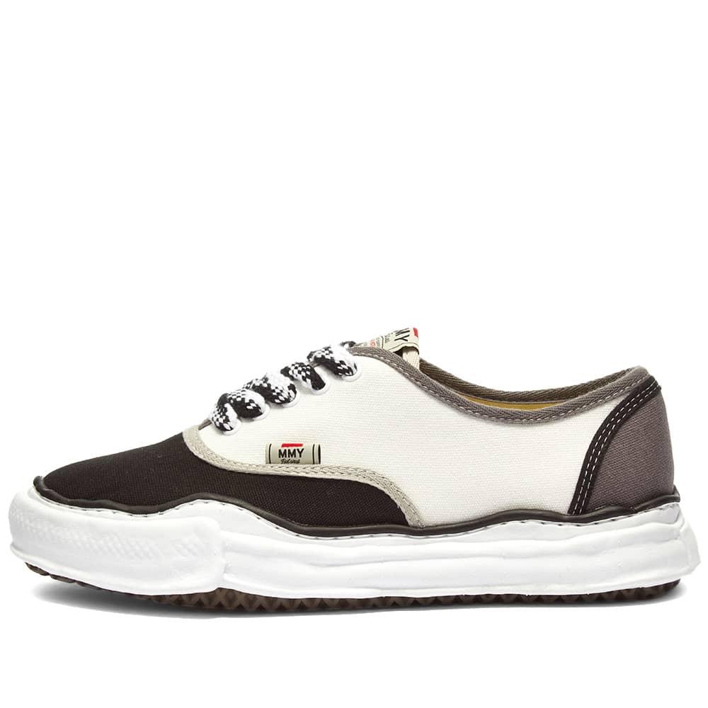 Maison MIHARA YASUHIRO Baker Original Sole Canvas Low Sneaker - Black & White