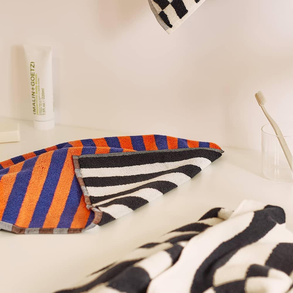 Dusen Dusen Hand Towel - Orchid Stripe
