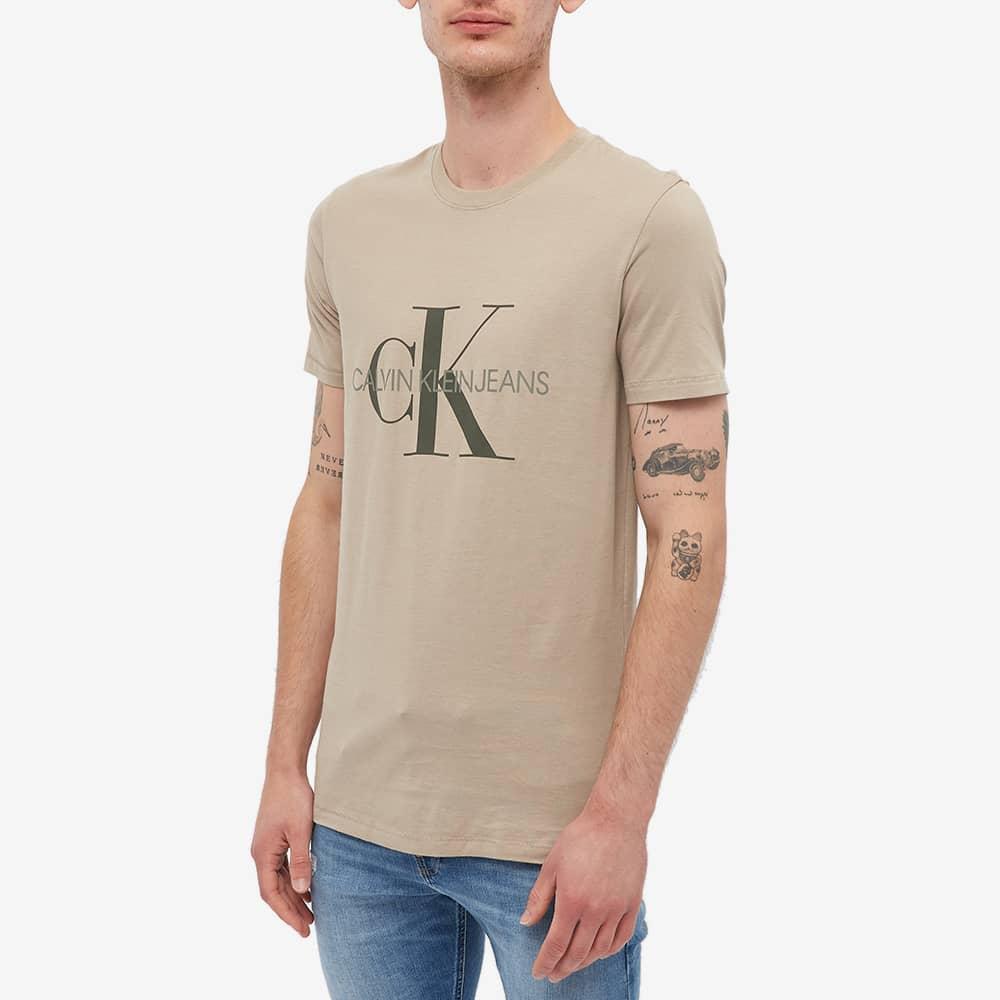 Calvin Klein Seasonal Monogram Tee - Crockery