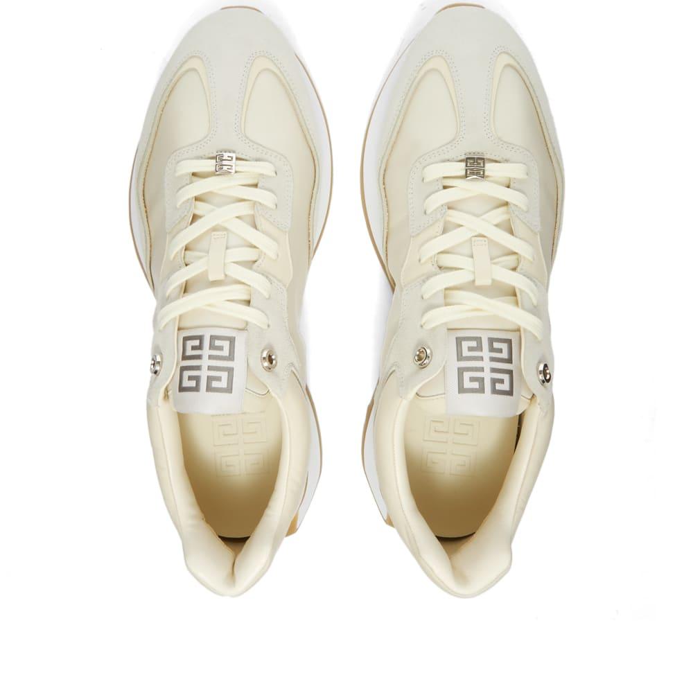 Givenchy GIVRunner Sneaker - Off White
