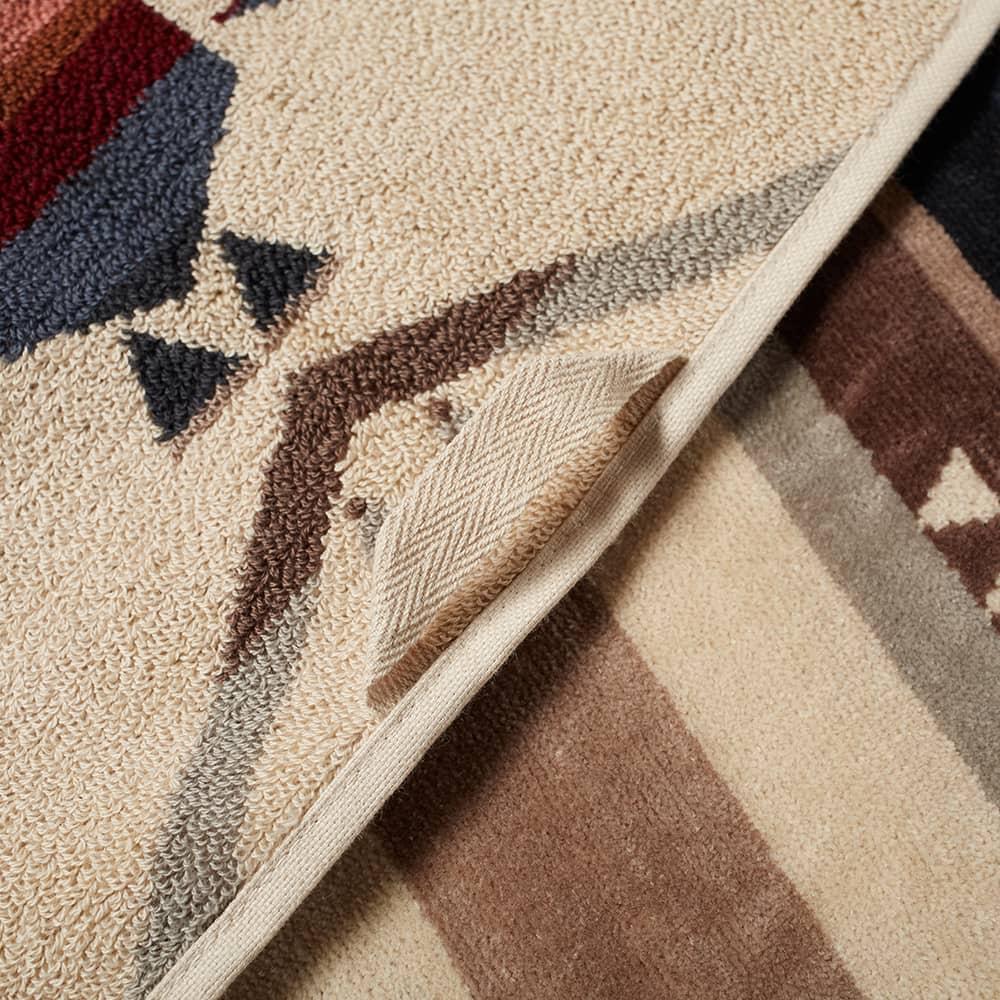 Pendleton Oversized Jacquard Towel - White Sands