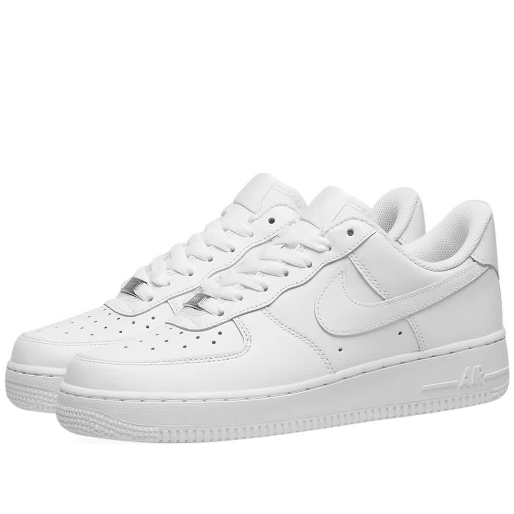 https://media.endclothing.com/media/f_auto,q_auto:eco/prodmedia/media/catalog/product/2/8/28-10-2019_nike_airforce107w_white_315115-112_mb_1.jpg