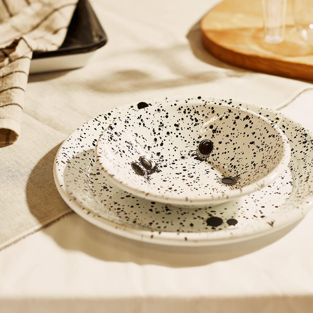 BORNN Enamelware Mediterranean Bowl - Black & White