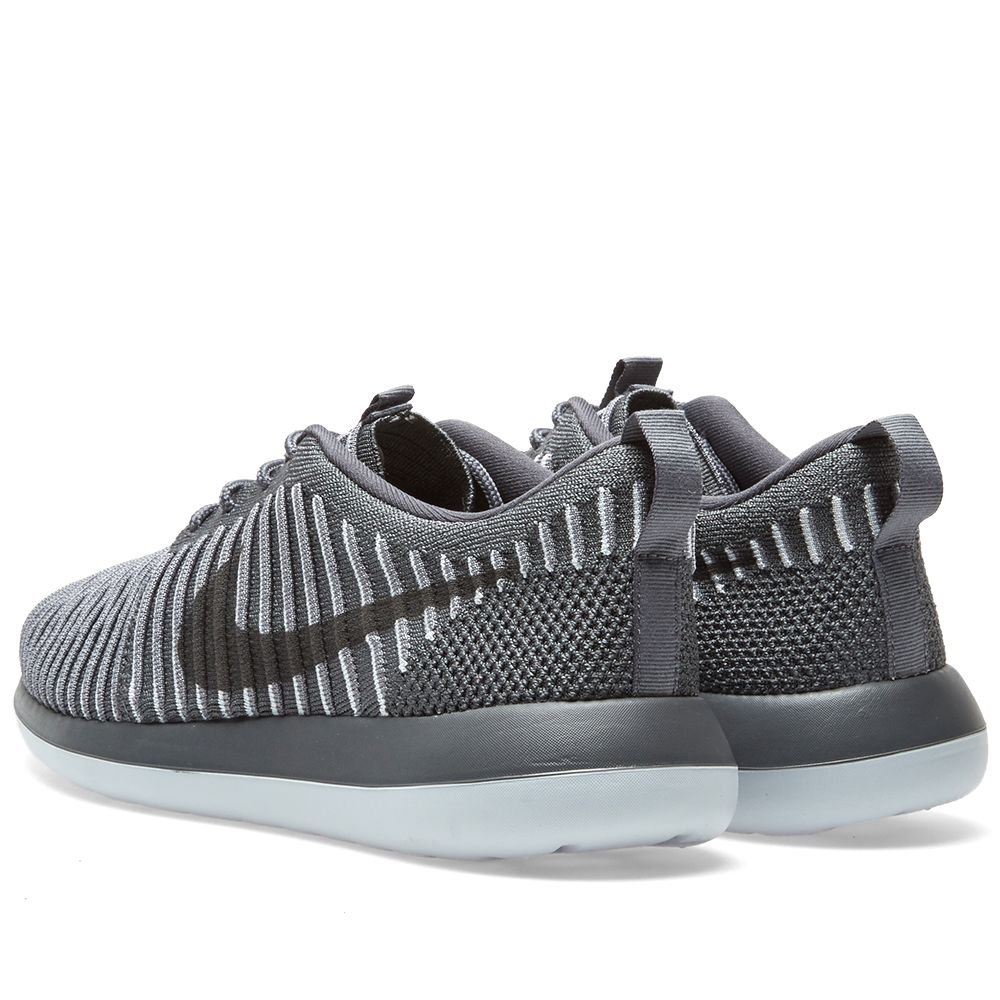 save off 0c014 3bacd Nike W Roshe Two Flyknit Dark Grey   Pure Platinum   END.