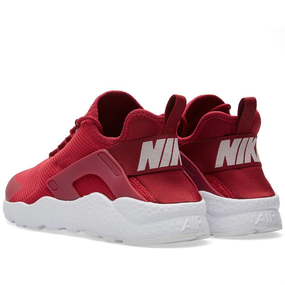 ba8b7cf4b2030 Nike W Huarache Run Ultra Noble Red   White
