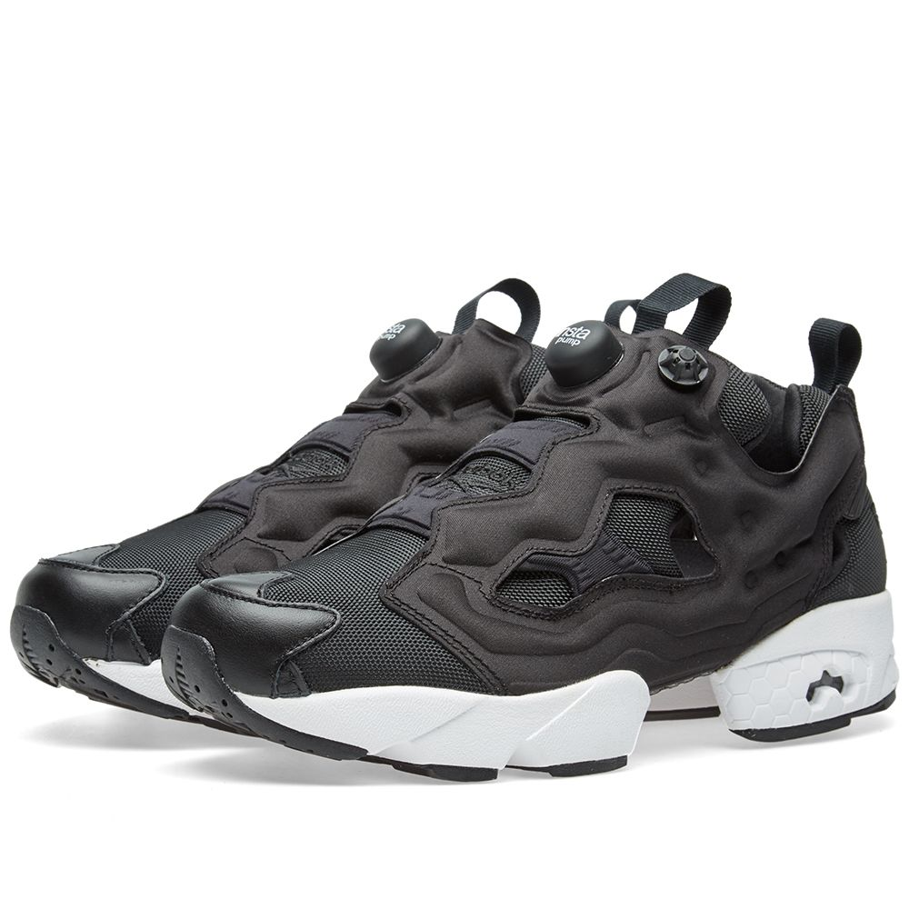 7eb108d5217 WASTE TO ENERGY. reebok pump fury black and white