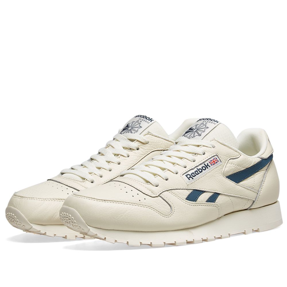 9d868e81aec Reebok Classic Leather Vintage Classic White   Blue Hills