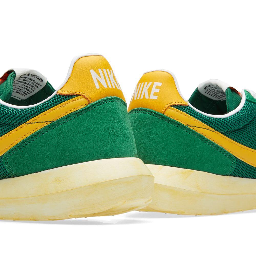 detailed look e35de debdc Nike Roshe Daybreak NM Pine Green  Yellow  END.