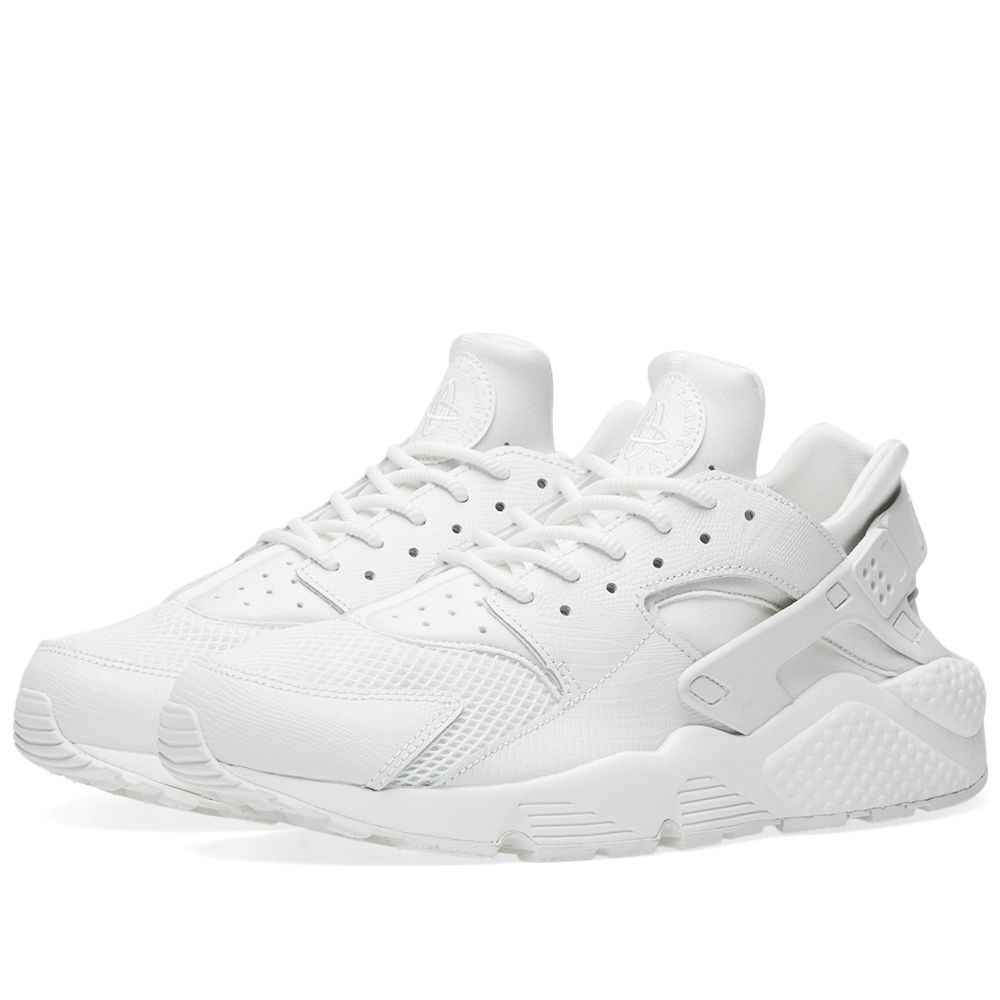 cheaper 2ef90 ae44c Nike Air Huarache Run SE W Summit White  END.