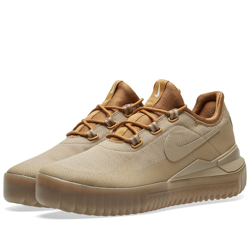 0dcc1641f706c7 Nike Air Wild. Golden Beige
