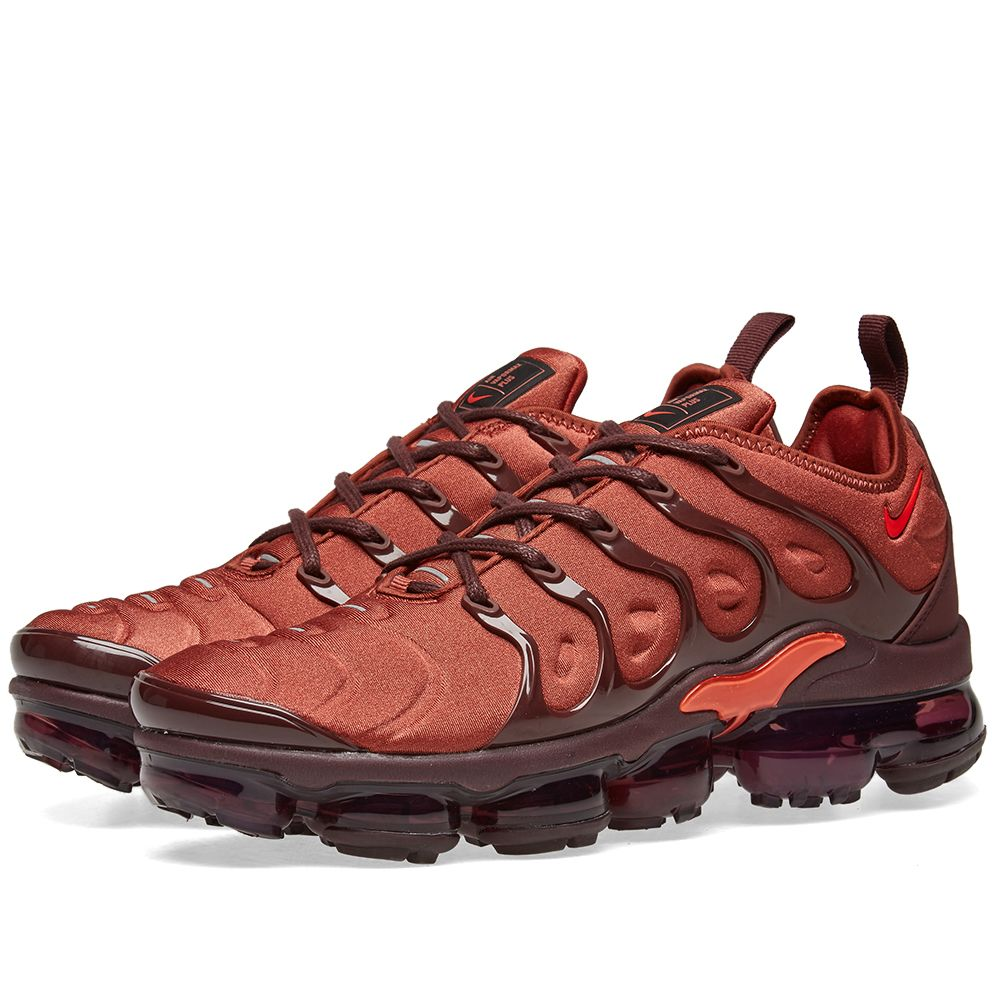8b70ec49e6b Nike Air VaporMax Plus Orange