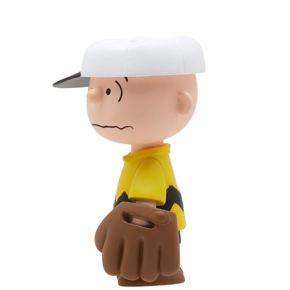 a41321ff86 homeMedicom x Peanuts UDF Series 6  Baseball Charlie Brown. image. image.  image. image. image. image. image. image. image