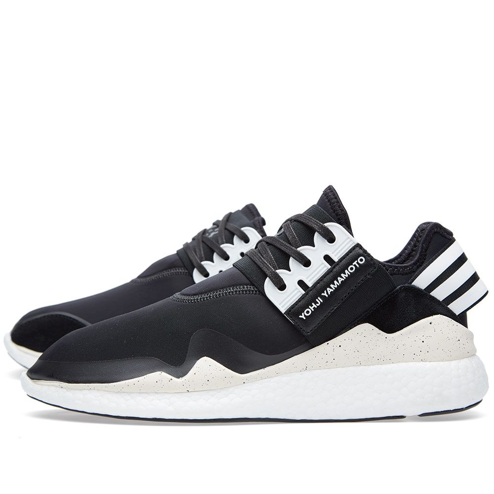 fb2b7debb155e Y-3 Retro Boost Black