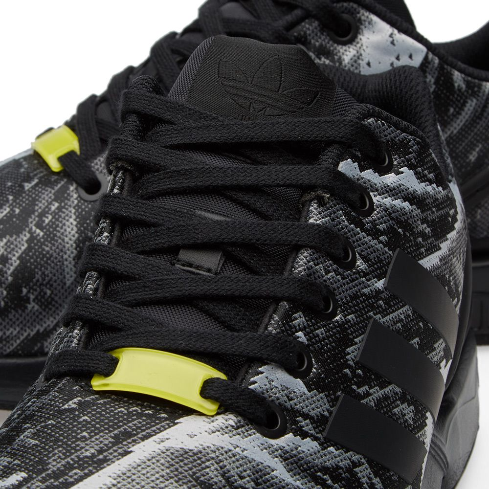 new york 424a2 99166 Adidas ZX Flux Weave. Core Black   Bright Yellow