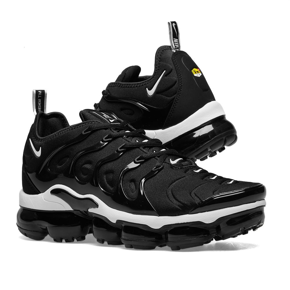 b5724f1b692 Nike Air VaporMax Plus Black   White