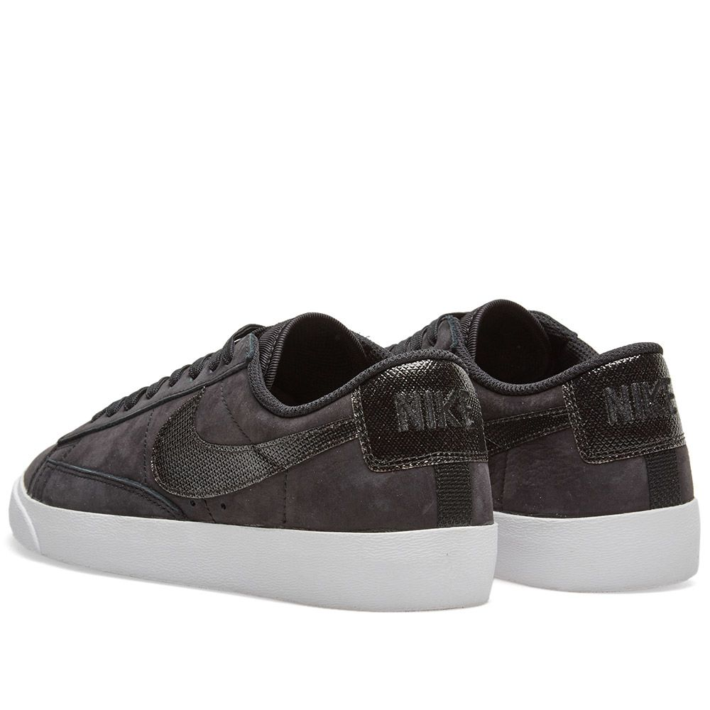 72eb6cfd9af6 Nike Blazer Low LX W Black   White