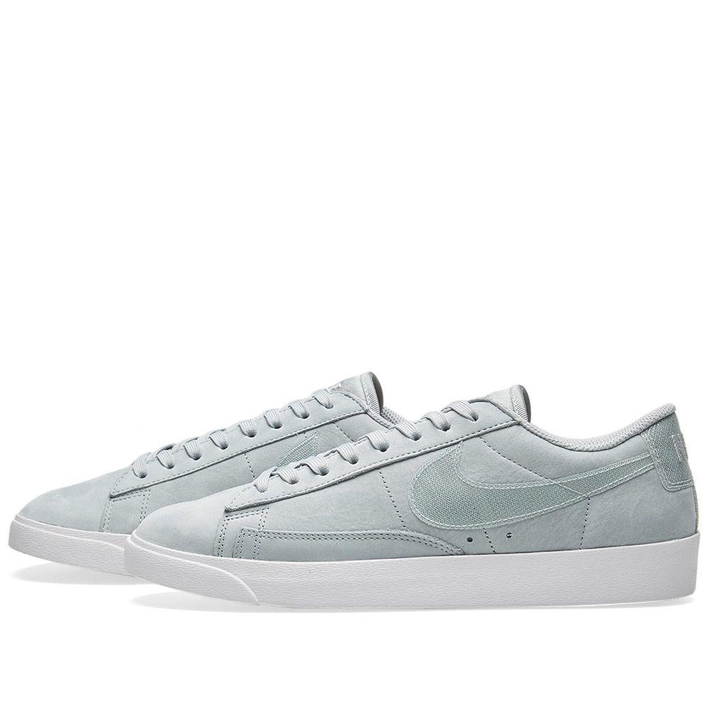 43cd25a97aae Nike Blazer Low LX W Light Pumice   White
