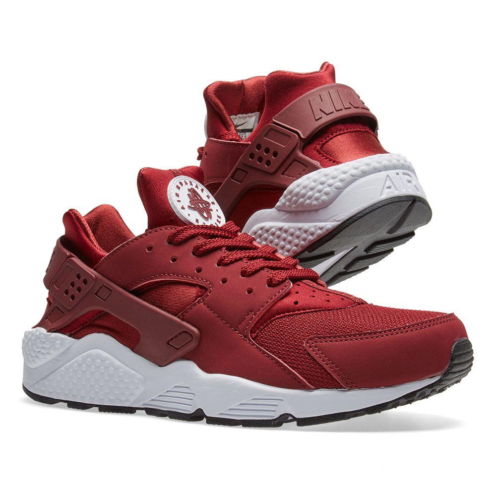 4cec5a535e4 Nike Air Huarache. Team Red