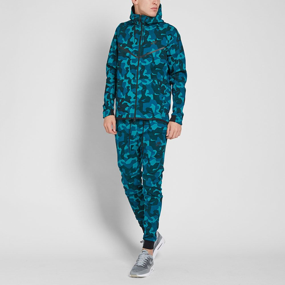 06deae51f857 Nike Tech Fleece Camo Windrunner Rio Teal   Black